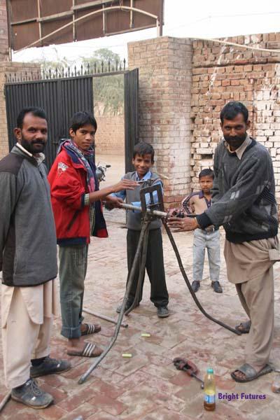 Commodity brokers in karachi